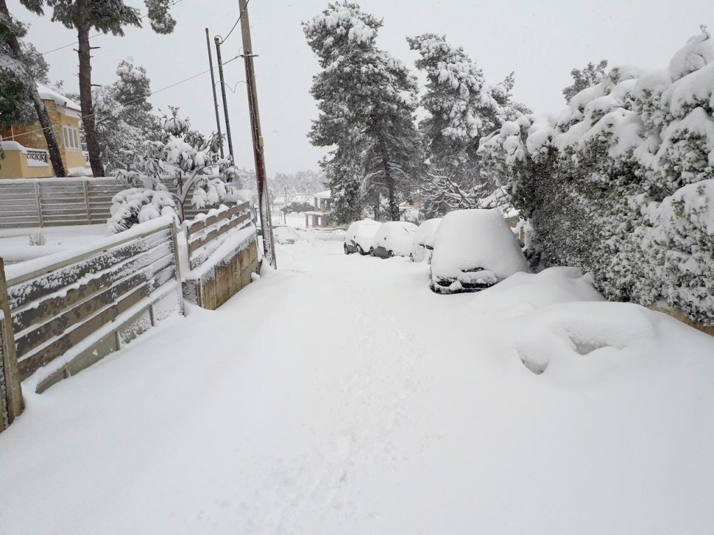 Snow in Athens | From the blog of Nicholas C. Rossis, author of science fiction, the Pearseus epic fantasy series and children's book